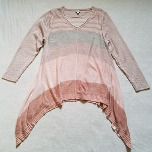 Avenue V-neck sweater tunic handkerchief hem 18